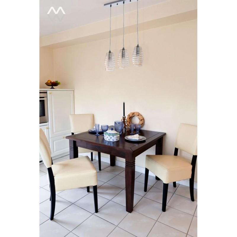 фото подвесных люстр над обеденным столом отличается темно-бурым